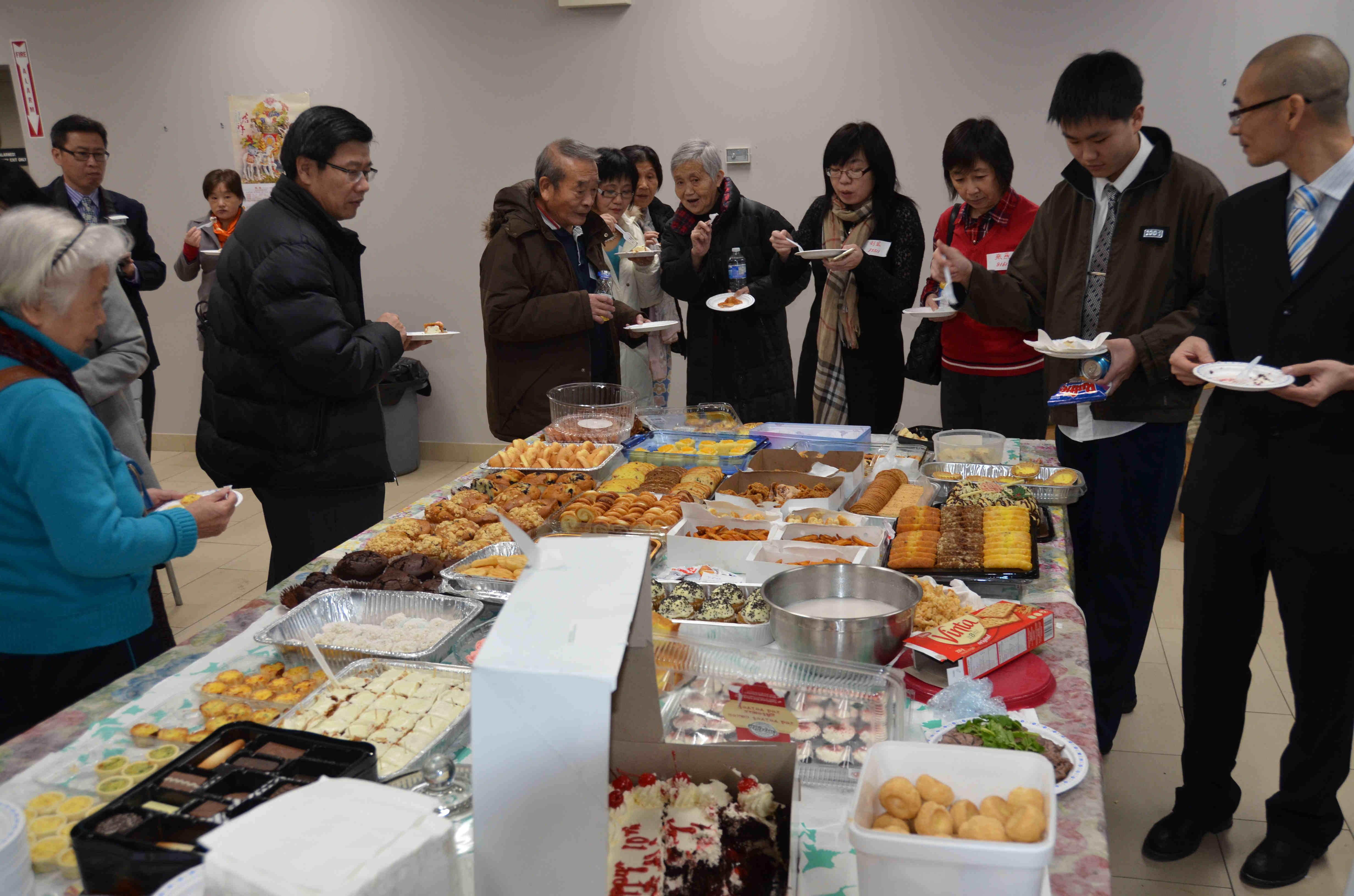 哈尔滨工程大学加拿大校友会2014圣诞聚会报道 (陈家栋79111)